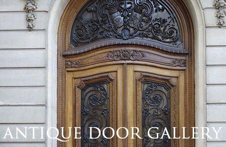 修理前のドア